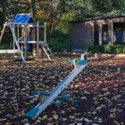 house to rent with children's play area