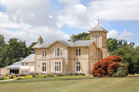 wildflower villa exclusive use venue in Wales wedding near Bristol
